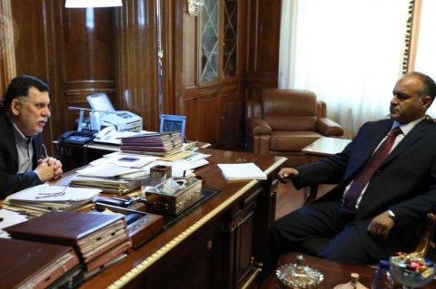 صورة من المكتب الإعلامي للمجلس الرئاسي