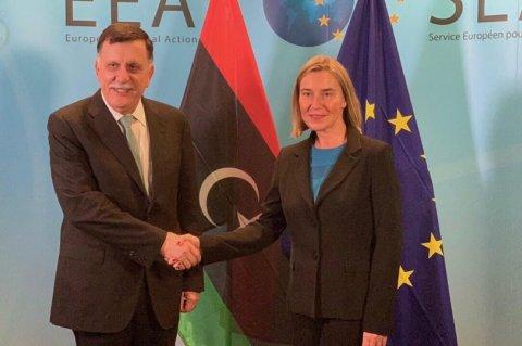 صورة من المكتب الإعلامي لرئيس المجلس الرئاسي