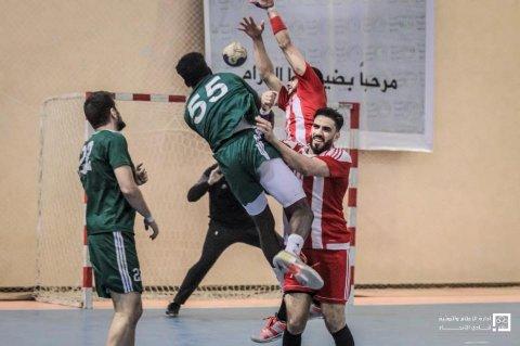 لقطة من مباراة الإتحاد والأهلي طرابلس في نصف نهائي الكأس