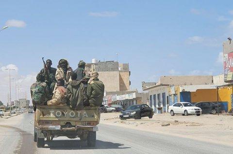 مرتزقة من السودان يتنقلون بمدينة سرت الليبية